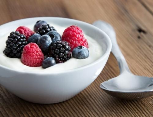 Lo yogurt: proprietà e consigli per l'acquisto